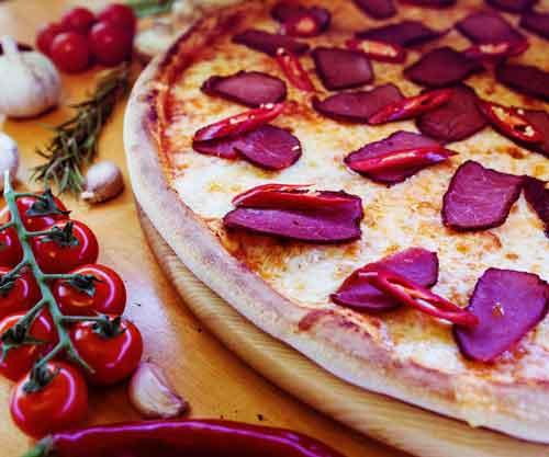 Бастурма (острая пицца)